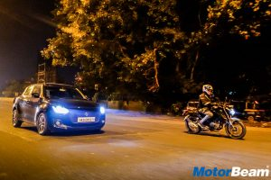 Yamaha FZ25 vs Maruti Swift