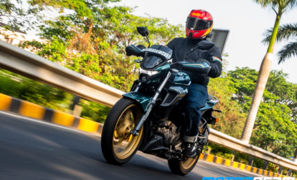 Yamaha FZS 25 Hindi Video Review