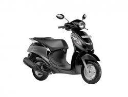 Yamaha Fascino Black