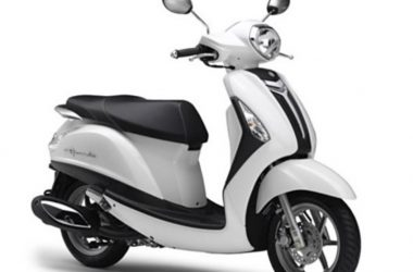 Yamaha Nozzo Grande 125cc Scooter Front