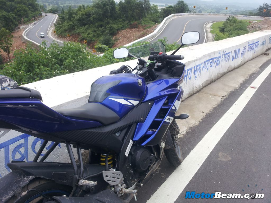 Yamaha R15 Blue Beast Review
