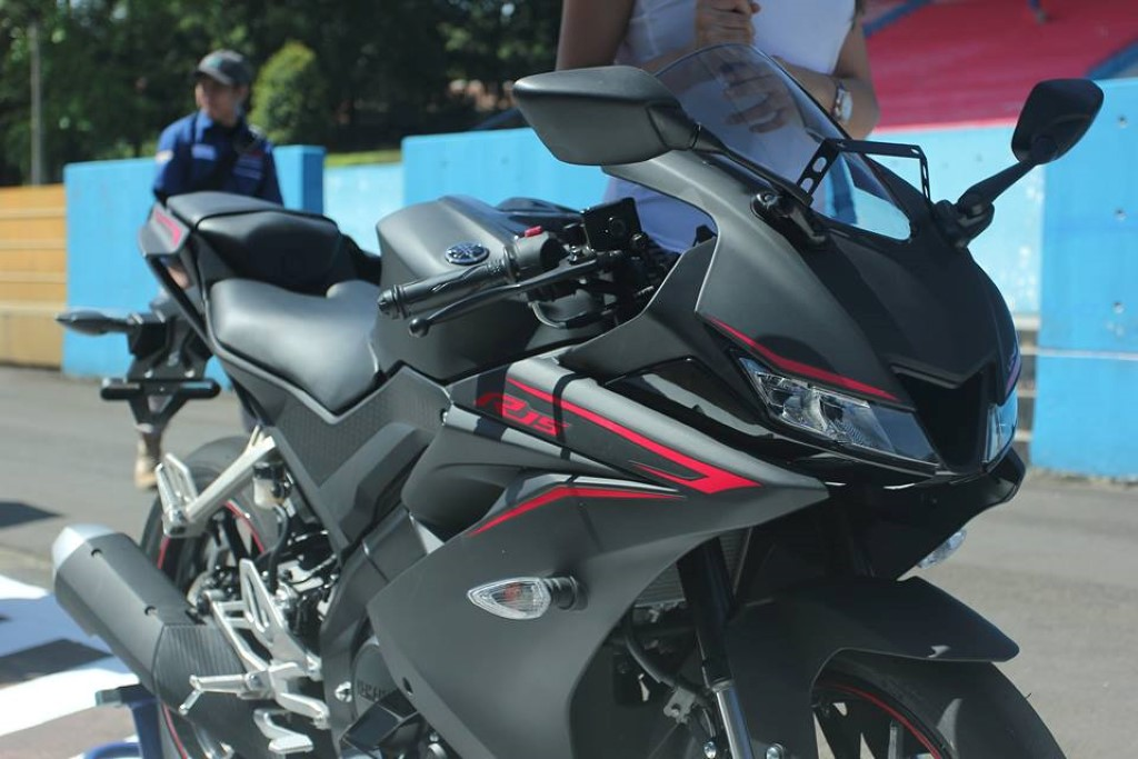 Yamaha R15 V3 Top Speed Is 126 08 km/hr On The VBOX | MotorBeam