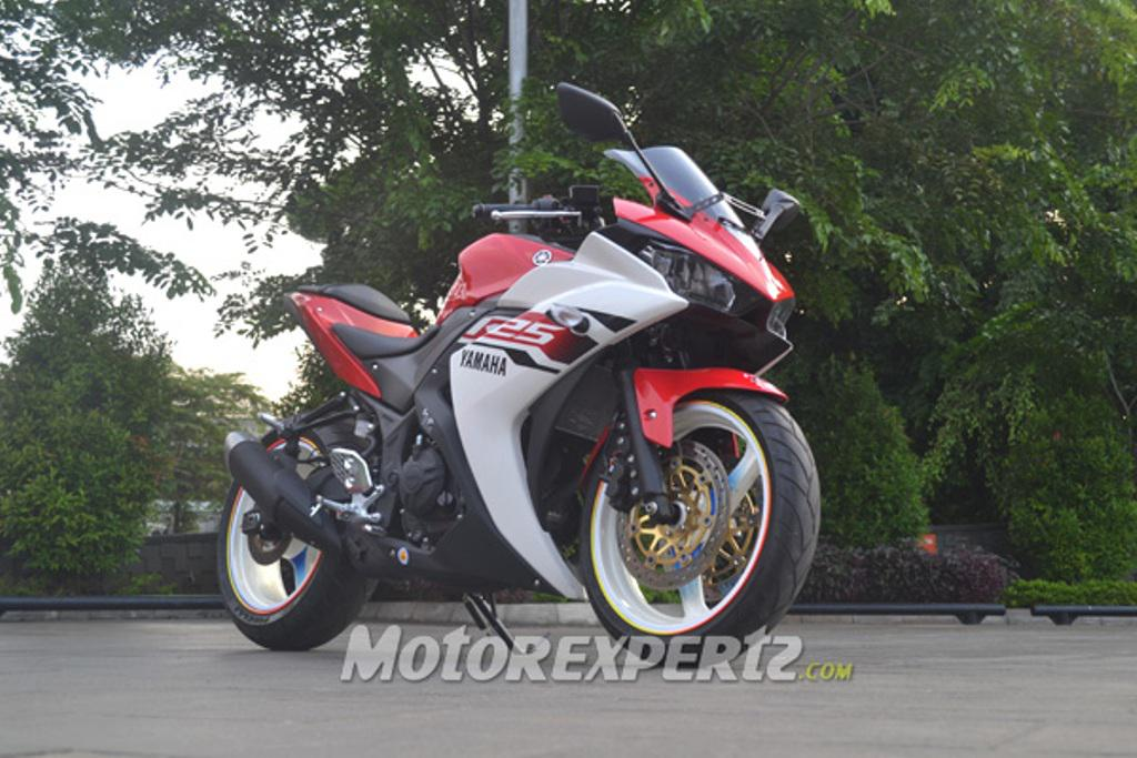 Yamaha R25 Modified Indonesia Front