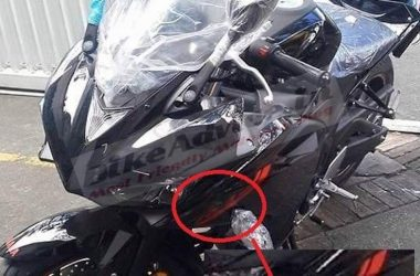 Showroom Ready Black Yamaha R3 Spotted Undisguised In India