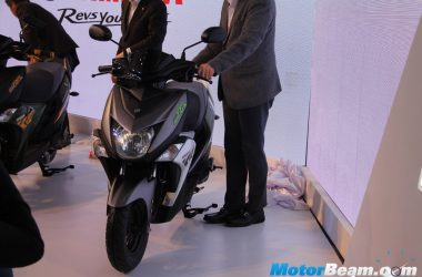 Yamaha Cygnus Ray-ZR showcased At 2016 Auto Expo [Live]