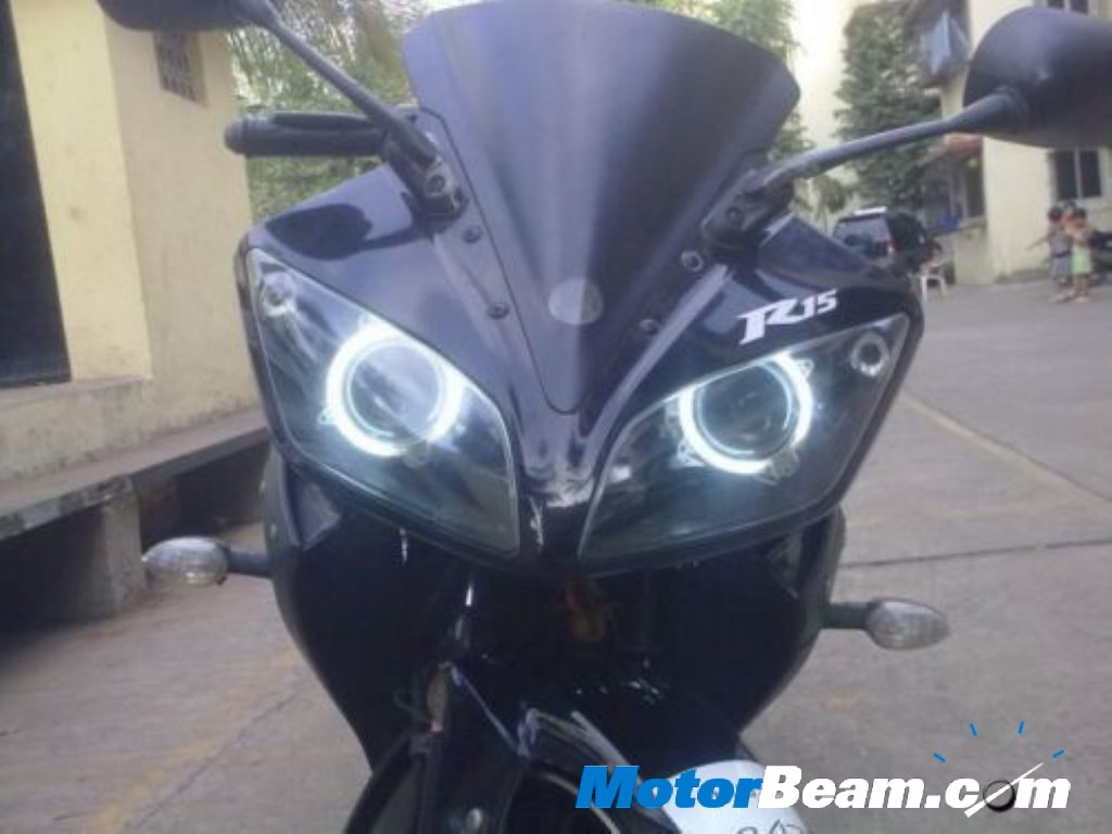 Yamaha_R15_Custom_Headlight